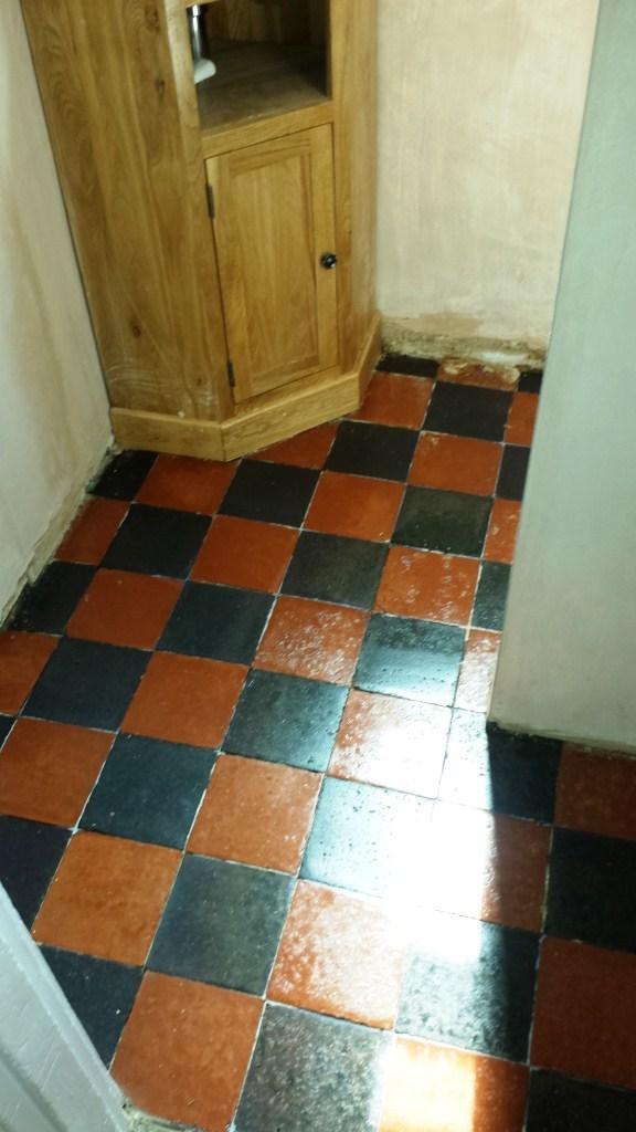 Deeping Cleaning Quarry Tiles Floor in Bedford